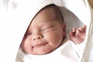 лечение новорожденного мирамистином