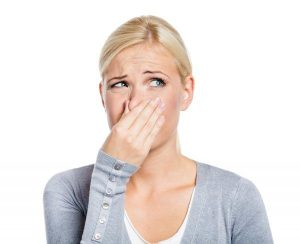 неприятный запах после месячных